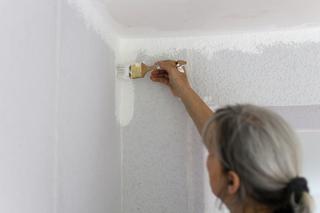 Welche Renovierungen sind beim Auszug aus der Wohnung nötig?